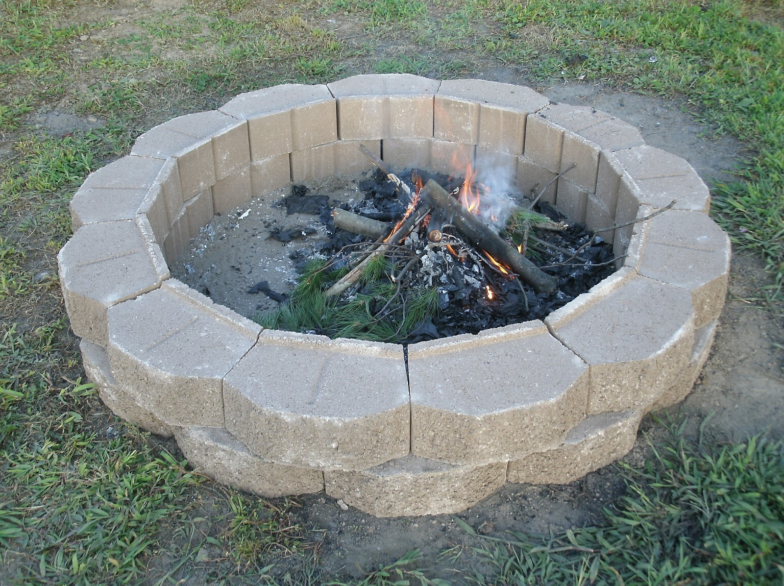 fire pit landscaping photo - 15
