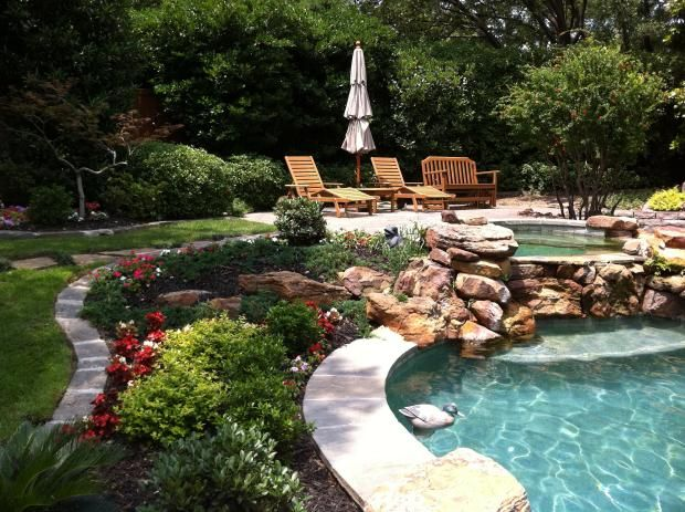 hot tub landscaping photo - 7
