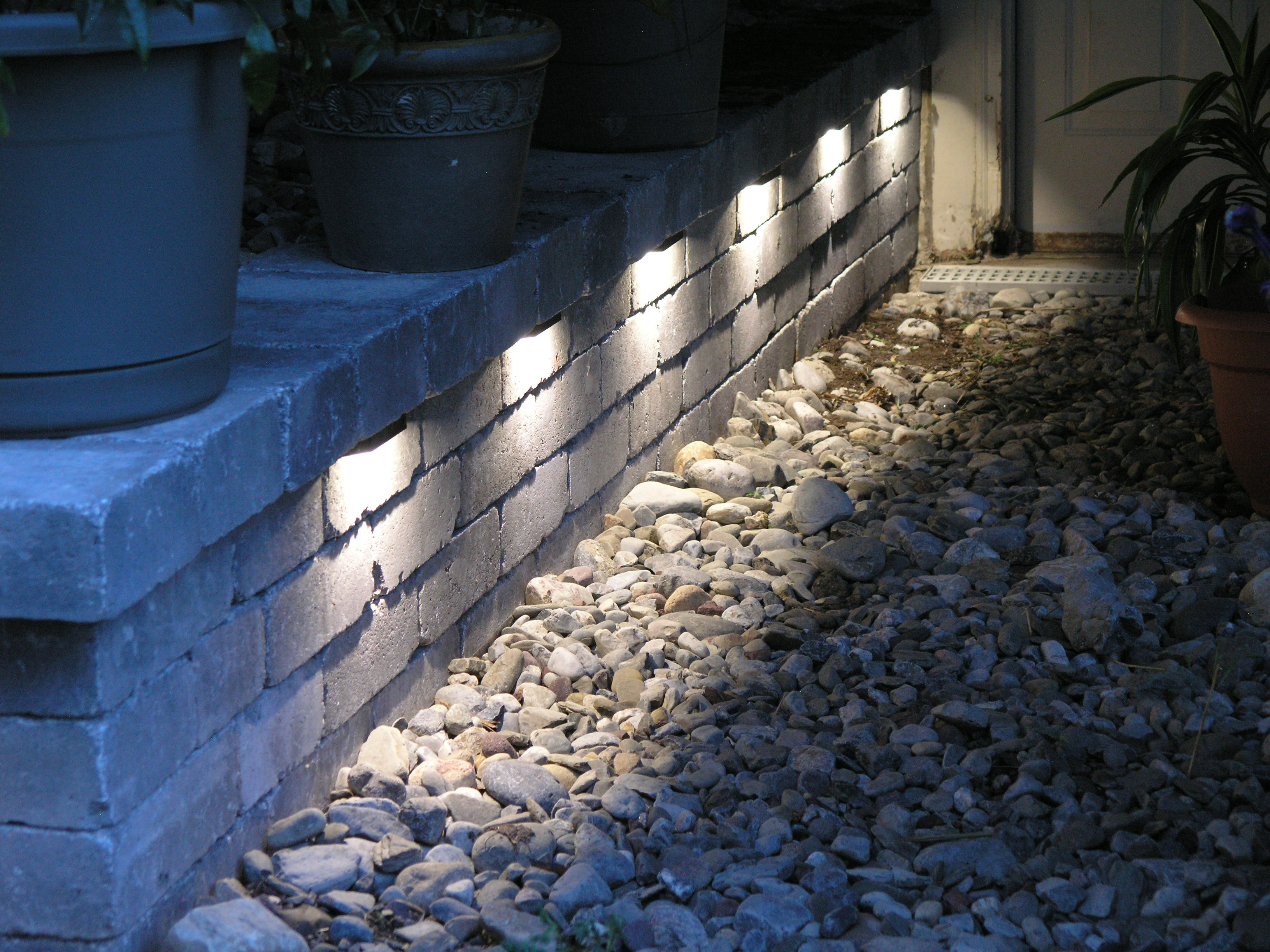 led landscaping lights photo - 10