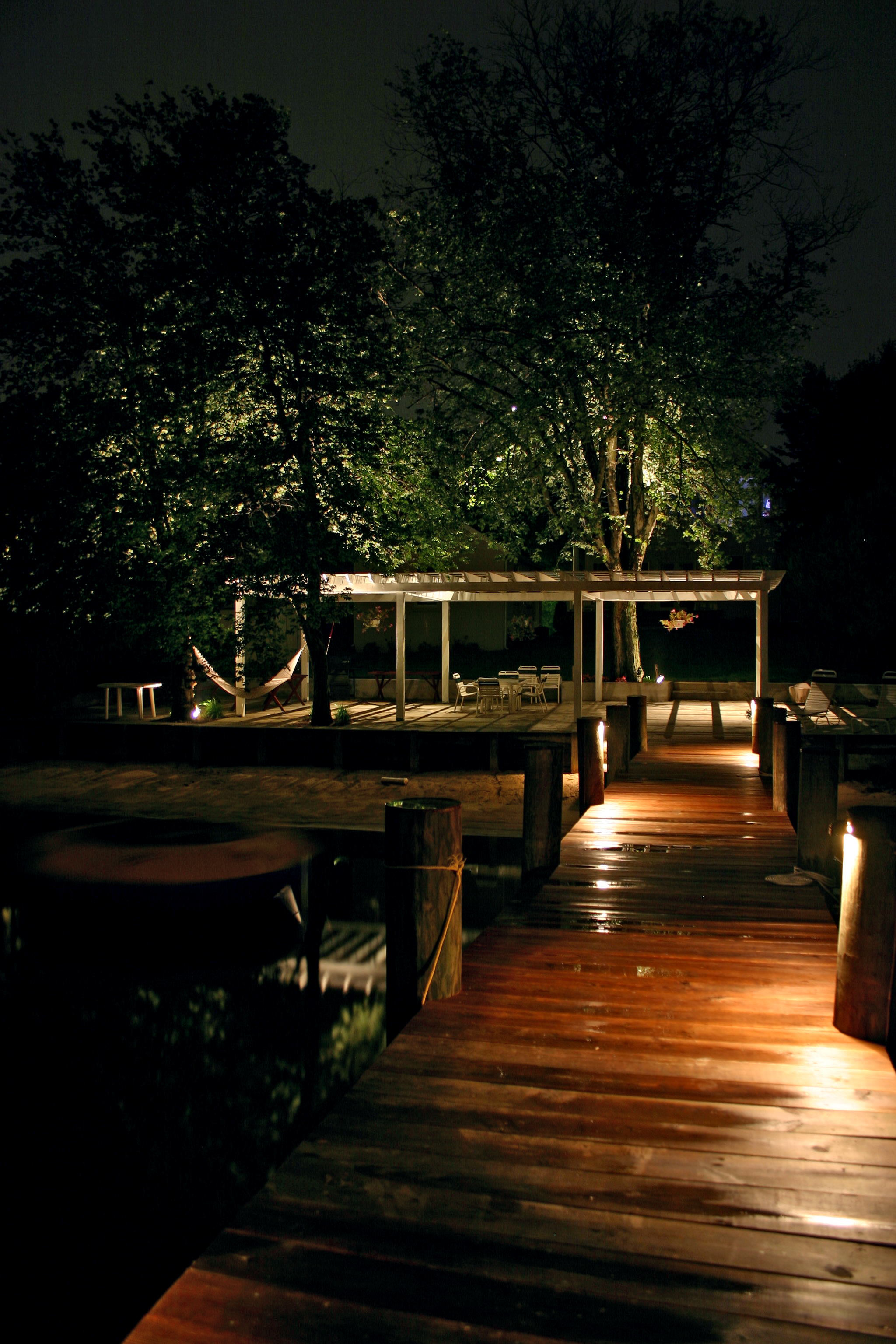 outdoor landscaping lights photo - 1
